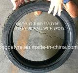Motorrad ermüdet Reifen und schlauchlosen Reifen des Gefäß-100/90-17 nach Ägypten