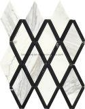 インテリア・デザインのための複雑なひし形パターン自然な大理石のモザイク