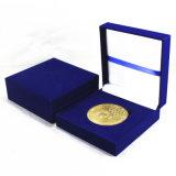 In het groot voor van de Doos van /Gift van de Doos van het Fluweel van de Vorm van de Rechthoek/Juwelen /Coin/Cufflink