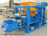 Betonstein Qt4-18, der Maschinen-Kleber-Straßenbetoniermaschine-Ziegelstein-Maschine herstellt