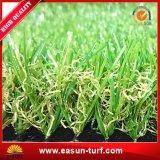 工場直接Aartificialの草のマットのホーム庭のためのプラスチック草のマット