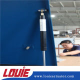 El vástago del émbolo del cilindro de gas de compresión de lubricación