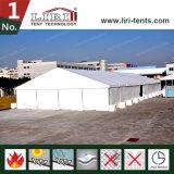 400 m² do depósito temporário de lona