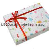 El oro de papel de lujo del rectángulo de regalo Shinny insignia de encargo valida Jd-GB055