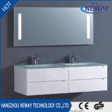 壁に取り付けられたPVCガラス洗面器LEDミラーの浴室用キャビネット