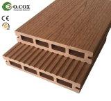 Decking Grained de madeira do revestimento composto plástico de madeira WPC do Decking de WPC