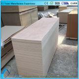 Madera contrachapada Thic 2.5m m del panel de la talla de la piel de la puerta de Okoume de la fábrica 2.7m m 3.2m m