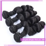 Tramas do cabelo nos tipos diferentes conservados em estoque de extensões européias do cabelo