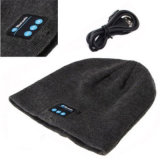 O Bluetooth 4.2 Smart Wireless Headset Beanie tricotado Musical Alto-falante do fone de ouvido com microfone Hat Cap Microfone incorporado