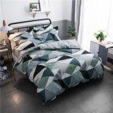 침구는 4개 피스 깃털 이불 덮개 세트, Buvet 1개의 덮개, 1개의 적합하던 침대 시트, 2개의 베갯잇, 다중 디자인을 포함한다