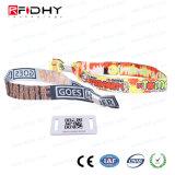Wristband tecido de 125kHz grampo plástico descartável RFID para o evento do lançamento