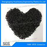 La plastica di PA66 GF25 parte i granelli della materia prima