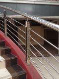 Corrimão ao ar livre das escadas do balcão quente de Frameless do aço inoxidável da venda 316