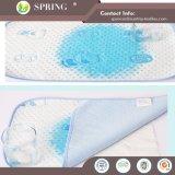中国の工場好ましい価格の反塵のダニの防水まぐさ桶のマットレスのEncasementのパッドの携帯用ベビーベッド