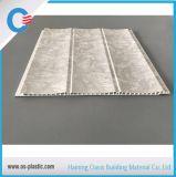 250*8mmの溝PVC壁の装飾のためのパネルによって薄板にされる天井板