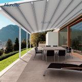 Deck exterior personalizadas da capota retráctil em alumínio de Debulhar