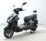 سرعة عال درّاجة ناريّة كهربائيّة مع أحد مسافر ظهر