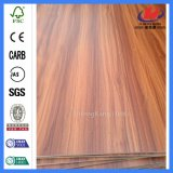 Peau spéciale de porte de mélamine en bois solide d'oscillation de la Thaïlande de modèle