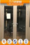 O lado de alumínio isolado térmico pendurou a porta