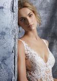 V-Ausschnitt Brauthochzeits-Kleid-Nixe-Spitze-Organza-Hochzeits-Kleid S8224