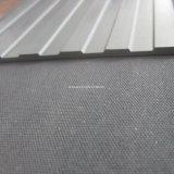 Установите противоскользящие резиновые коврик пол/фильтровальную ткань с холодным устойчив