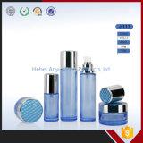 De buitensporige Flessen van het Glas van de Kruiken van het Glas van de Room Blauwe voor de Verpakking van Schoonheidsmiddelen