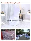 結婚披露宴の宴会のための伸ばされた椅子カバー