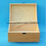 Упаковывая ручной работы шарнира деревянной коробки чисто