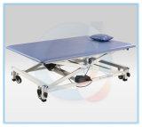 Rehabilitation elektrische Multi-Karosserie-Position faltbares anhebendes Pint-Trainings-Tisch-Behandlung-Bett mit justierbaren anhebenden Rädern