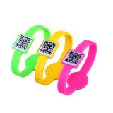 Bracelet/bracelet respectueux de l'environnement de silicium d'IDENTIFICATION RF de mode de Customed pour le cadeau de promotion