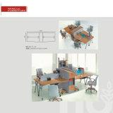 La forme K Centre d'appels de bureau en métal 4 Personne Workstation