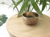 분홍색 원석 상감세공 발렌타인을%s 금관 악기 계산서 반지에 주문 조각 짜개진 조각