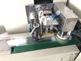 Llenar un vaso de plástico de la máquina de embalaje