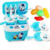 Plastikküche, die Hilfsmittel-Innenschauspielhaus-gesetztes Spielzeug kocht