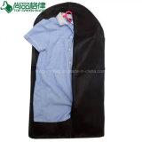 Многоразовый Non-Woven костюм крышки складной швейной сумку с ПВХ карман