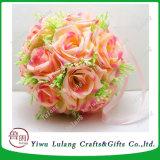 多彩なハングの人工的な装飾的な絹の円形のローズの花の球