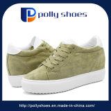 人のための安く柔らかい通気性および歩きやすい偶然の連続したスポーツの靴