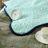 Edredón acolchado azul 100% del algodón del estilo americano para los lechos