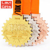 Fabricante de alta calidad de la medalla de la forma de anillos personalizado con cinta de color naranja