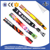 Le bracelet de ventes d'usine avec conçoivent le logo en fonction du client
