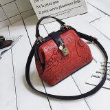 새로운 형식 숙녀 자물쇠 오프닝 Sy8465를 가진 핸드백에 의하여 돋을새김되는 PU 가죽 가방 여자 끈달린 가방