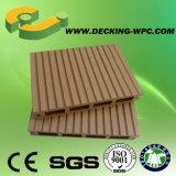 Étage solide de Decking de WPC avec du CE