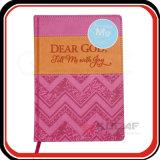 Cuaderno de cuero del diario de la escritura de la impresión que graba