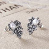 Monili di disegno di pianta delle donne dell'annata 925 orecchini della vite prigioniera della perla della foglia di acero dei fogli dell'argento sterlina