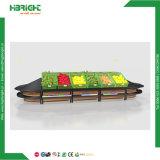 Mensola di visualizzazione di legno della verdura e della frutta del supermercato con la mensola dell'estremità