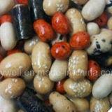 海藻によって塗られる焼かれたぴりっとする米のクラッカーHalal
