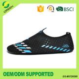 L'eau confortable d'Aqua chausse les chaussures courantes de Multi-Sport de natation de plage
