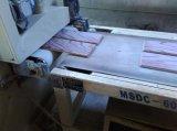 Ausgeführter mehrschichtiger breiter Planke Sapelli Bodenbelag