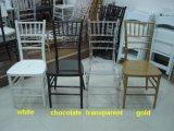 Chaise en résine noire Tiffany, Chivari Chair for Wedding