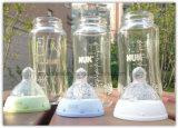 Garrafas de vidro de água com leite para alimentação alimentar do bebê